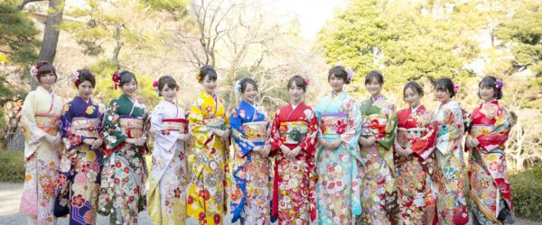 現役女子大生アイドルグループ「カレッジ・コスモス」12名が初の晴れ着披露!Tリーグ応援サポーター、ハロコン全国行脚にも意欲!